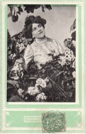 C.P.A. Gaufrée - Fleurs - 1907 - Souvenir Affectueux - Femme Et Paquerettes - Fleurs