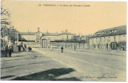 CHANTILLY LA PLACE DE L'HOSPICE CONDE - Chantilly