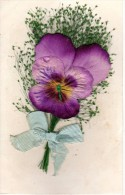 C.P.A. Fleurs Ajoutis - Pensée En Tissu Et Graminées - Avec Noeud - Amitié - Flores