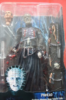 CLIVE BACKER´S HELLRAISER  PINHEAD FEATURE ALTERNATE HEAD REEL TOYS NECA Action Figure Anime COLLECTOR NEW IN EMBALLAGE - Figurines