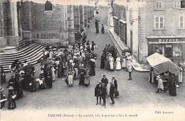 FLEURIE 69 - Le Marché Très Important à Lieu Le Samedi - CPA - Rhône - Autres Communes