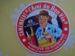 étiquette De Fromage Neuve Normandie Camembert L'ami Du Bon Vin 61C Orne Distribué Par DESSAILLY 62 Mirecourt - Fromage