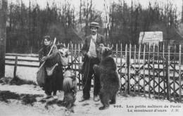 CPA Les Petits Métiers Parisiens Le Montreur D'Ours - Petits Métiers à Paris