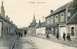 Tricot - Rue Du Pavé - France