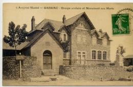 12 - GABRIAC - Groupe Scolaire Et Monument Aux Morts - Otros Municipios