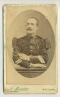 PHOTOGRAPHIE D'UN MILITAIRE DU 64 EME REGIMENT D'INFANTERIE . ANCENIS . - War, Military