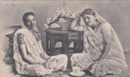 ETHNIC ; 2 Indian Ladies At Tea - Postcards