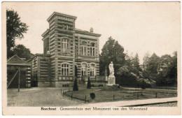 Boechout, Gemeentehuis Met Monument Van Den Weerstand (pk21648) - Boechout