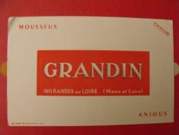 Buvard mousseux grandin. ingrandes sur loire (maine et loire). anjou.  vers 1950.