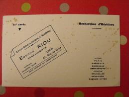 Buvard Edmond Riou. Généalogiste. Recherche D'héritiers. Lyon.. Vers 1950. - Buvards, Protège-cahiers Illustrés