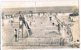 BRAY DUNES . 59 . Parc D'attraction Sur La Plage .animée .1962 - Bray-Dunes