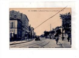 Asnieres-sur-Seine , Boulevard Voltaire Et Rue Ernest Renan - Asnieres Sur Seine