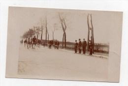 Course 1911 ,route De Paris.AMIENS.carte Photo.(le Mur De L'hopital Pinel) - Amiens