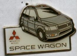 Pin´s Mitsubishi Space Wagon - Mitsubishi