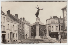 Turnhout, Standbeeld Der Gesneuvelde Soldaten (pk23267) - Turnhout
