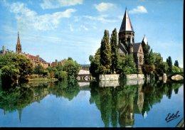 57 - Metz  : La Moselle Et Le Temple Protestant - Metz