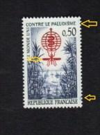 Variétés (**) NEUF 1338 *  Point Sur Aile Gauche, Défaut D'essuyage Vert Et Bleu *  Variété - Variétés Et Curiosités