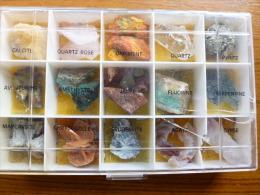 COFFRET NEUF  DE 15 PIERRES PRÉCIEUSES ET MINÉRAUX + - Mineralien