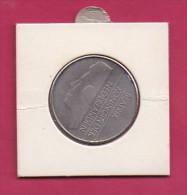 NEDERLAND, 1982, XF Coin, 2,5 Gulden,  Queen Beatrix, Almost Proof ,  C9202, - [ 3] 1815-… : Kingdom Of The Netherlands