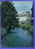 Carte Postale 42. Regny  Le Vieux Pont Trés  Beau Plan - France