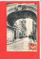 76 ROUEN Cpa Rue De La  Grosse Horloge  161 ND - Rouen