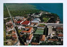 5724      CPM  HOURTIN   : Centre De Formation , Vue Générale Aérienne  Et Du Village De CONTAUT    ACHAT DIRECT !!! - Unclassified