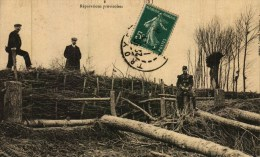 CPA  (10)      TROYES  -  Les Inondations En 1910 - Les Digues Crevées - 2e Brèche, Prs La Haute Moline - Réparations Pr - Troyes