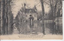 Inondations De LA VARENNE ( Janvier 1910 ) - Boulevard De La Marne Prise Du Quai  PRIX FIXE - Other Municipalities