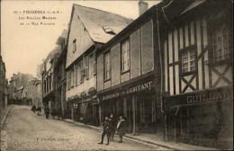 35 - FOUGERES - Rue Pinterie - Cachet De Train - Vagueestre - Fougeres