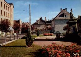 15 Allanche Monument Aux Morts - Allanche
