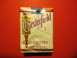 étui De Cigarettes - CHESTERFIELD - Made IN U.S.A - Ancien - - Cigarettes - Accessoires