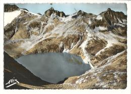 Cp, 31, Luchon Et Ses Environs, Le Lac Du Portillon, Le Pic Des Gourgs Blancs, Le Pic Gourdon, Le Spijeolles - Luchon