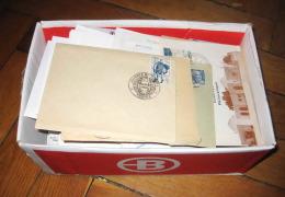 Mise a prix 1 euro 1 BOITE AVEC 290 fdc premier jour et documents divers tb �tat.(124) france