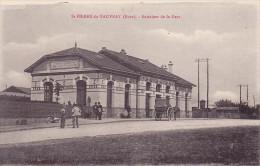 CPA - 27 - SAINT PIERRE DU VAUVRAY - Entrée De La Gare - Autres Communes