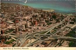 MILWAUKEE     VUE AERIENNE - Milwaukee