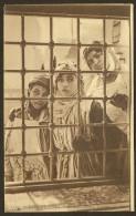 Zorah, Aicha, Fatma Derrière Les Barreaux (Galeries De France) Algérie - Algérie