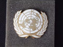 """Insignes Militaire """"Insigne Béret Des Nations Unies"""" Military Badges  - RARE - Armée De Terre"""