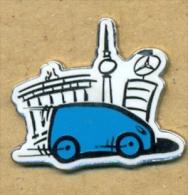 13-aut176. Pin Mercedes. Oficial - Transportes