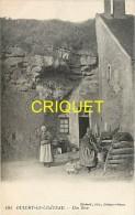 Cpa 02 Oulchy Le Chateau, Une Bove, 2 Femmes Et Enfant Devant Un Vieux Puits En Rondins De Bois - France