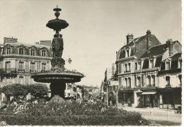 Deauville  : La Place Morny (n°1302 éd Estel) - Deauville