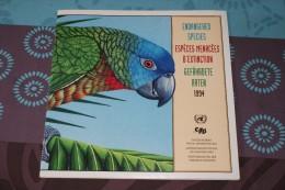 Album WWF Espèces Menacées D´extinction 1994 - 32 Pages Avec 12 Timbres Neufs - W.W.F.