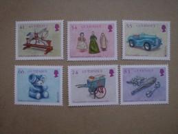 Guernsey     Kinderspielzeug    Europa Cept   2015  ** - 2015