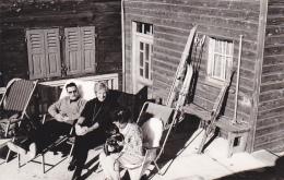 24444   Photo  Grachen Grächen Suisse, Février 1965 - Montagne Hotel Alpine Ski Vacances