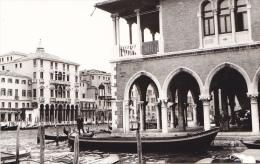 24471  Photo Venize Venezia Itale -Mai 1965 - Canal Gondole