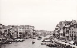 24475  Photo Venize Venezia Itale -Mai 1965 - Canal Gondole