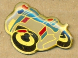 13-aut185. Pin Moto Deportiva - Transportes