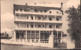 De Haan :  Clinique Maritime (ex-Hôtel Des Familles) - Foto Van Na De Verbouwing - De Haan