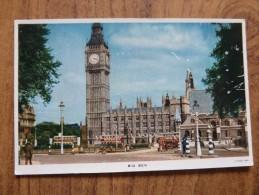 47083 POSTCARD: LONDON: Big Ben. - Houses Of Parliament