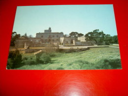 Le Château Mansart . 30 MONTFRIN (Gard) - France