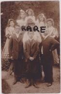 CARTE PHOTO,37,INDRE ET LOIRE,TOURS,EN 1930,FAMILLE NOMBREUSE DE 7 ENFANTS,FETE